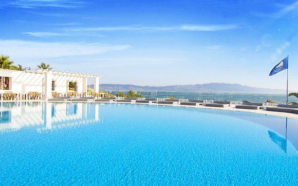 Charm Beach Resort 4*