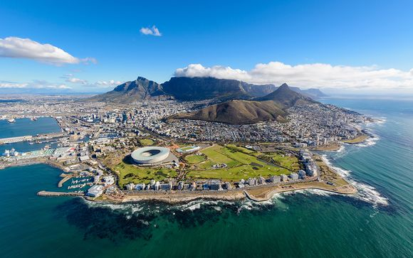 Discover Cape Town with The Onyx and Excursions 4*