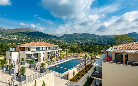 Holiday Suites Vence 4*