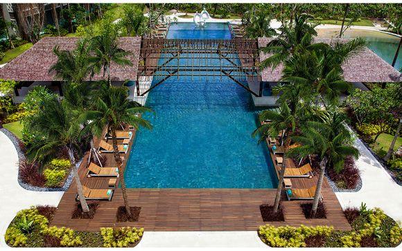 Lush Jungle Retreat & Luxurious Balinese Resort