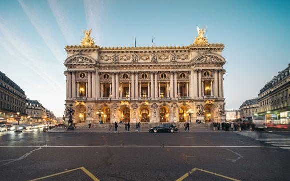 Stylish Boutique Near Opera Garnier