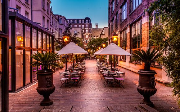 Romantic Parisian Chic in Hip District