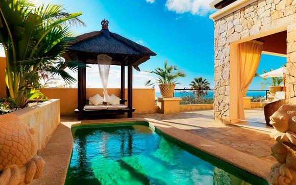 Private Pool Villa in Boutique Resort