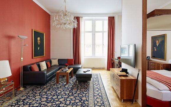 Living Hotel an der Oper 4*