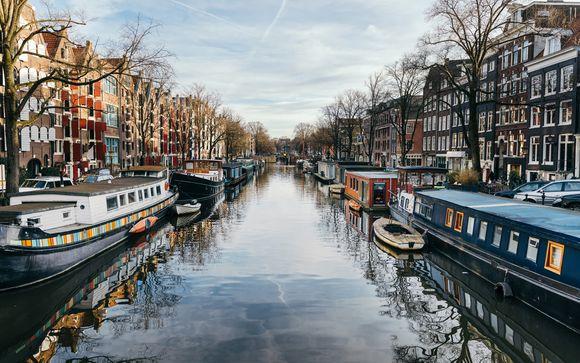 Fantastic Location near Amsterdam's Highlights