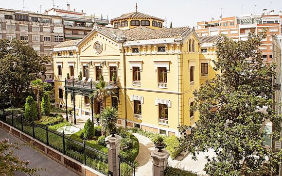 Hospes Palacio De Los Patos 5*