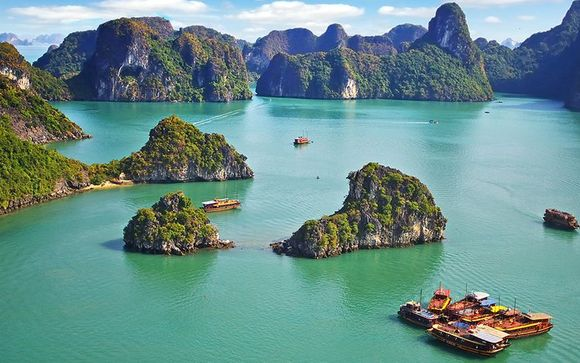 Private Luxury Tour of Vietnam & Optional Beach Extension 5*
