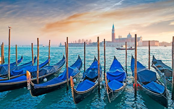 Elegant Lagoon Stay with Free Entrance to Venice Casino