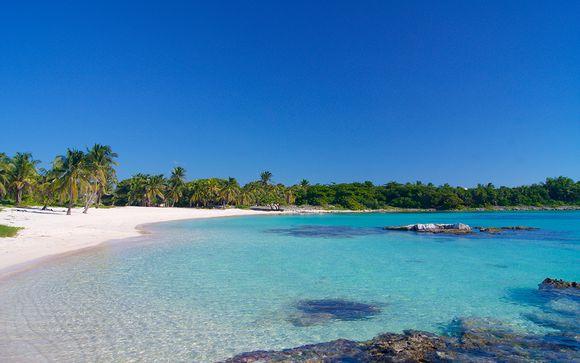 The Payogan Resort Villa Ubud & Radisson Blu Uluwatu 5* with Optional Lombok