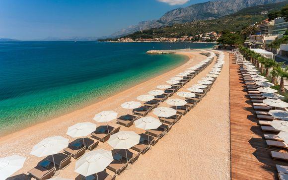 Beachfront Family Friendly Hotel on the Makarska Riviera