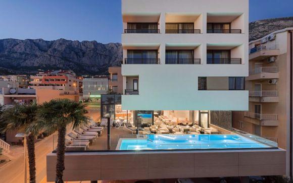 Hotel Ani 4*