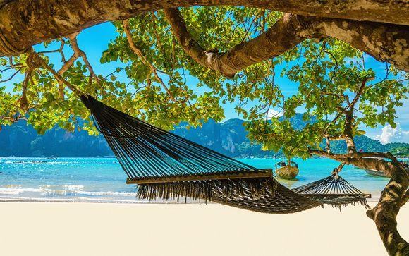 Relaxed Stay in an Exotic Atmosphere