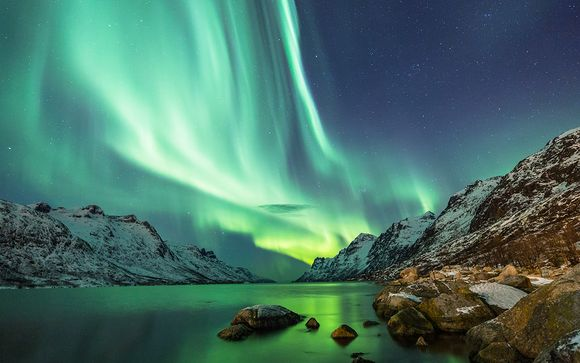Epic Discovery With Game of Thrones & Seaonal Northern Lights Tours