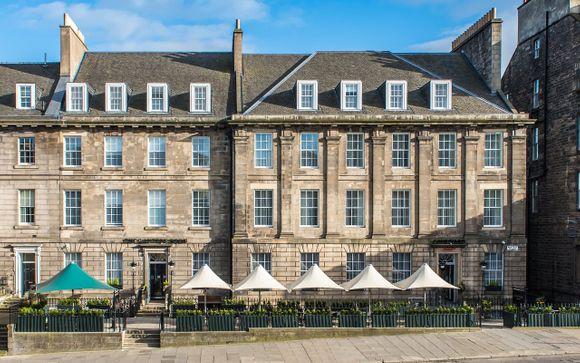 Courtyard by Marriott Edinburgh 4*
