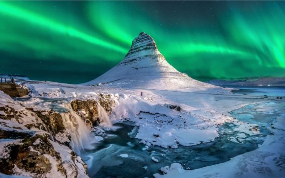 Hilton Nordica, Northern Lights, Golden Circle and South Iceland Excursions 4*