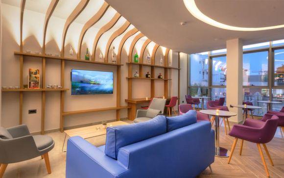 Blue Lagoon City Hotel 4*