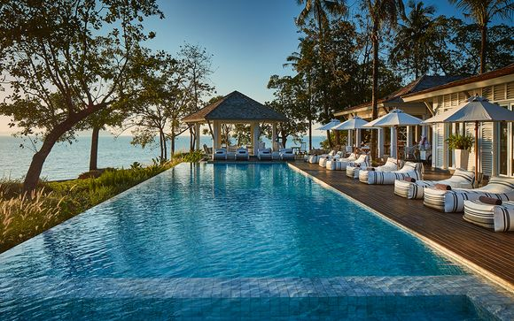 Tropical Thai Twin Stay with Bangkok Bliss
