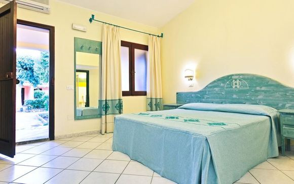Club Hotel Li Cupulatti Beach 4*
