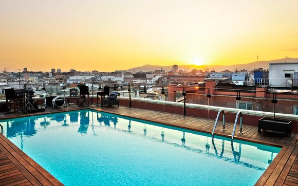 Exclusive Hotel Just Steps From Plaza Cataluna