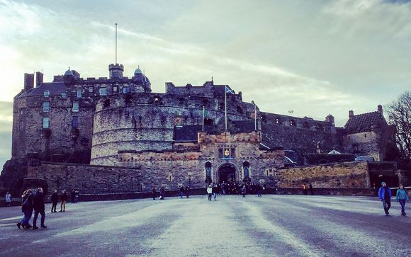Edinburgh - The World Famous Festival & Military Tattoo