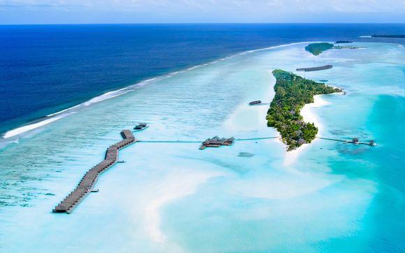 LUX* South Ari Atoll Resort & Villas 5*