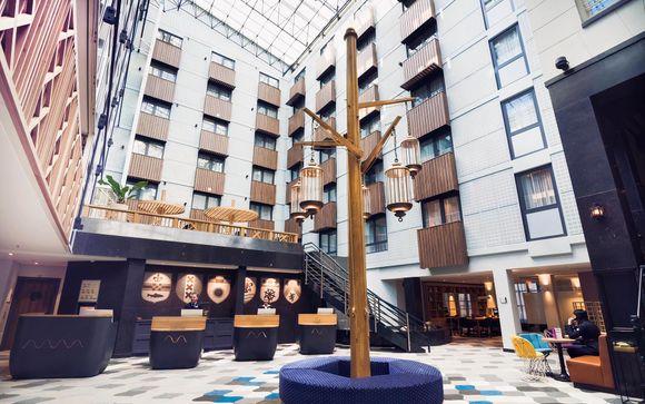Radisson Blu Hotel, Amsterdam City Center 4*