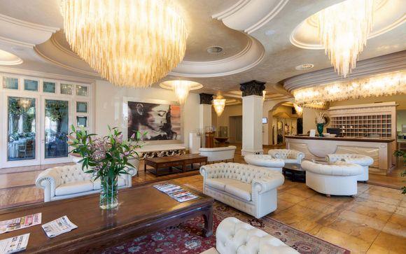 Palace Hotel 5*