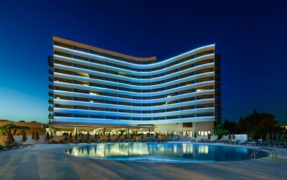 Jupiter Albufeira Hotel–Family & Fun 4*