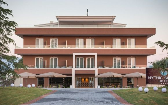 Il Mythic Summer Hotel 4*