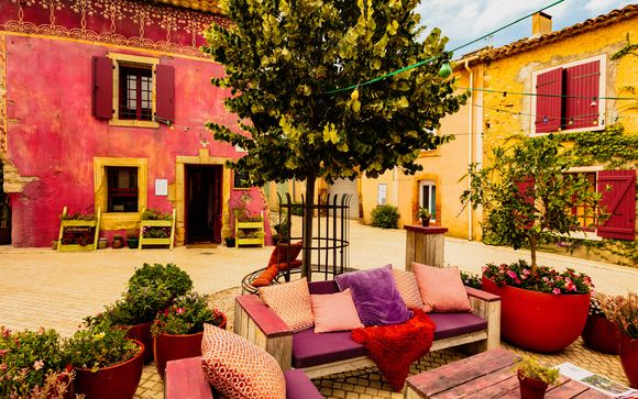 Poussez les portes du Village & Chateau Castigno - Wine Hotel & Resort 5*