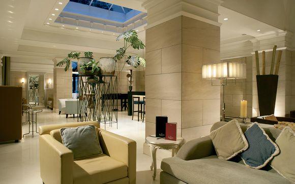 Luxe Rose Garden Hotel Roma 4*