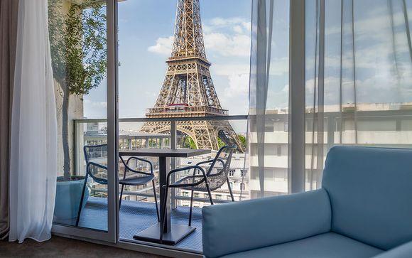 Immersione parigina con magica vista sulla Tour Eiffel
