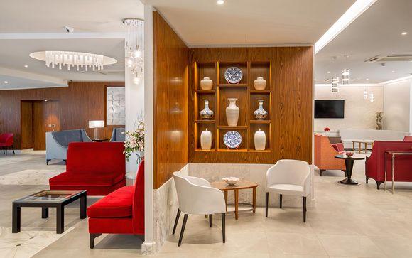 Upgrade in nuovo e moderno hotel situato all'EUR