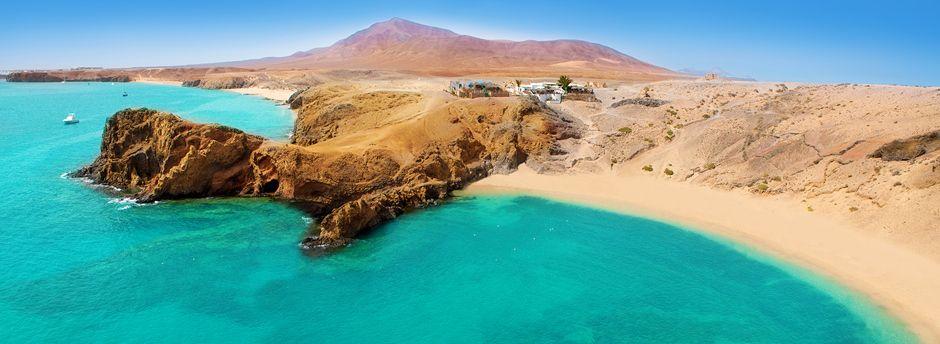 Scopri l'isola dei vulcani, tra spiagge e montagne di fuoco, con le vacanze in famiglia a Lanzarote!